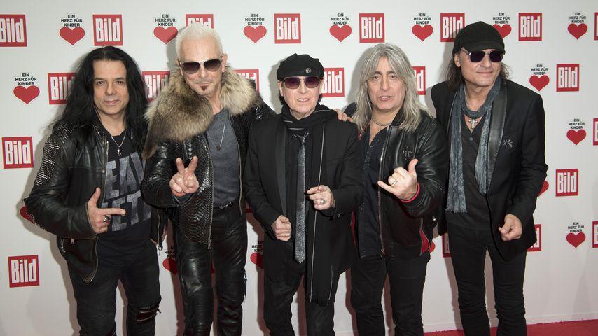 """Die Mitglieder der Band """"Scorpions"""", Dezember 2017"""