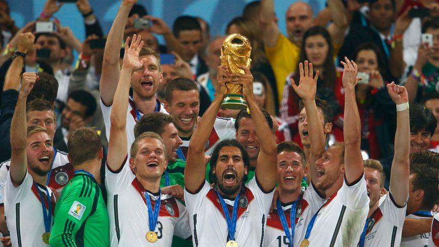 Die deutsche Fußballnationalmannschaft nach ihrem WM-Sieg 2014