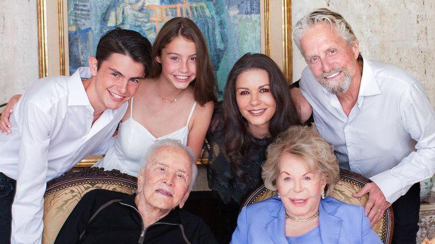 Die Familie Douglas rund um Kirk Douglas und Anne Buydens