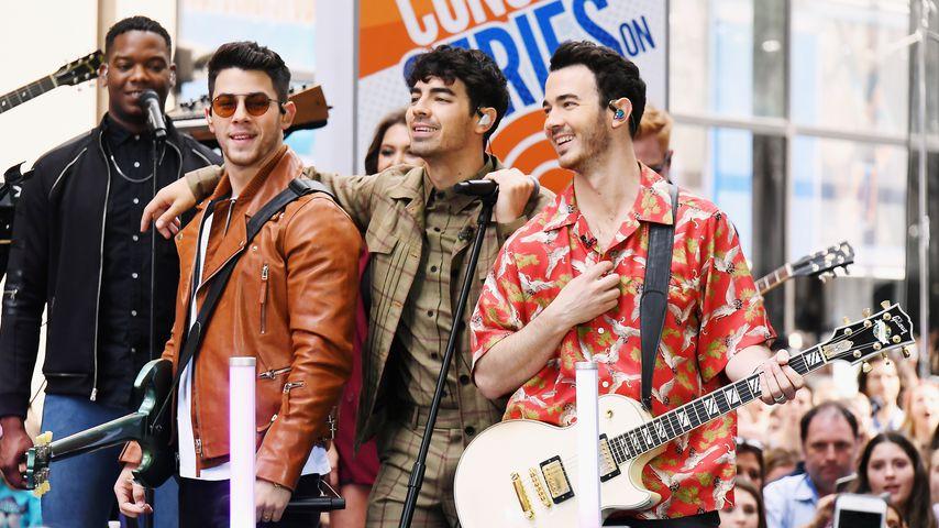 Die Jonas Brothers bei einem Auftritt in New York