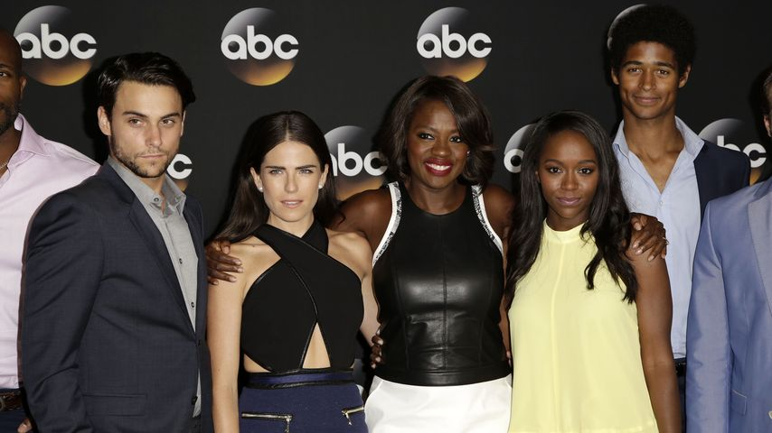Jack Falahee, Karla Souza, Viola Davis, Aja King und Alfred Enoch im Juli 2014 in Los Angeles