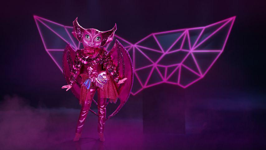 """Fans einig: Steckt Lena unter """"Masked Singer""""-Fledermaus?"""