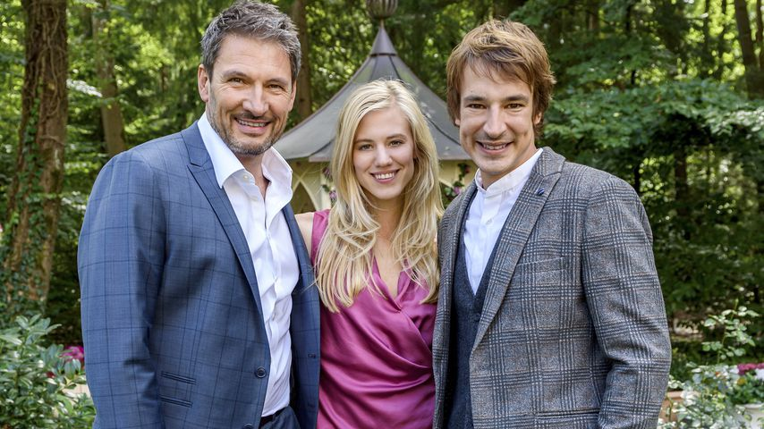 """Christoph (Dieter Bach), Alicia (Larissa Marolt) und Victor (Sebastian Fischer) in """"Sturm der Liebe"""""""
