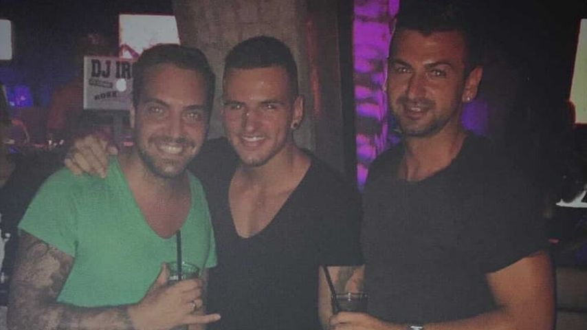 Diogo Sangre (m.) mit zwei Freunden im Jahr 2015
