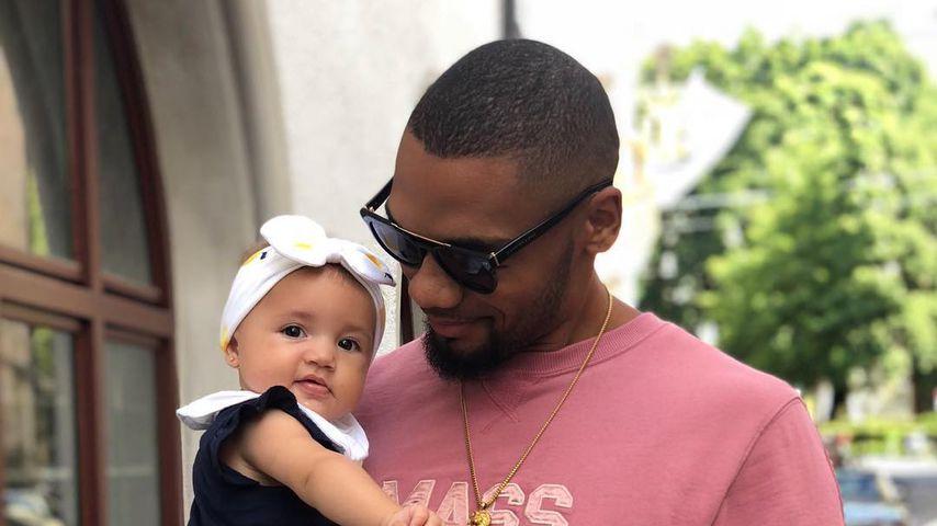 Dominic Harrison mit Töchterchen Mia Rose
