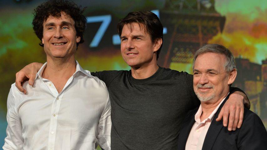 Regisseur Doug Liman, Tom Cruise und Produzent Erwin Stoff auf einer Pressekonferenz