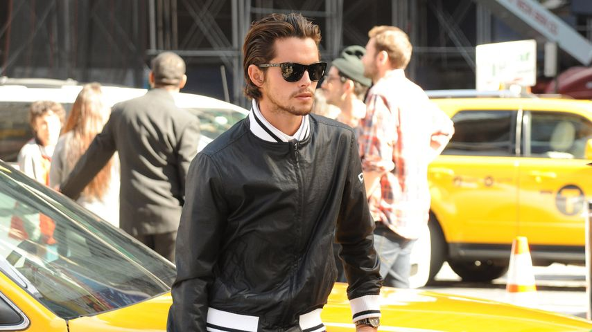 Dylan Rieder bei einem DKNY-Video-Shooting am Times Square