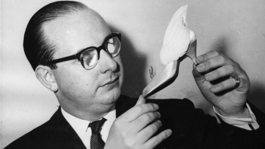 Edward Rayne, Schuh-Designer der Queen