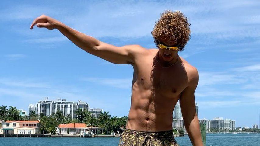 Wow! Boris Beckers Sohn Elias zeigt seinen muskulösen Körper