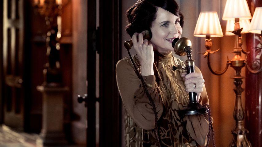 "Elizabeth McGovern in ""Downton Abbey"""