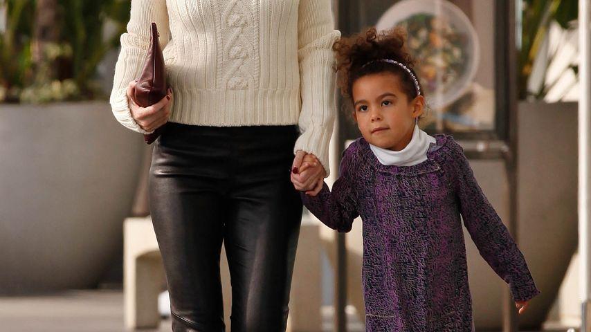 Kleiner Ausflug für Ellen Pompeo & Tochter Stella