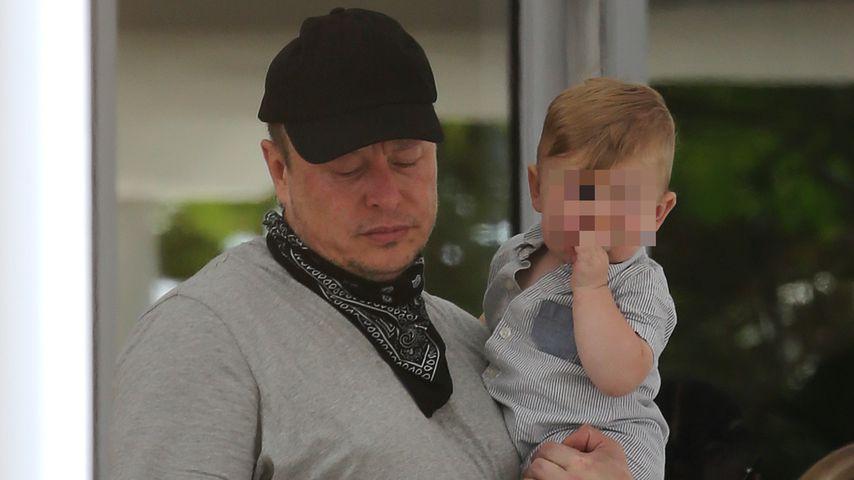 Elon Musk mit seinem Sohn X Æ A-XII