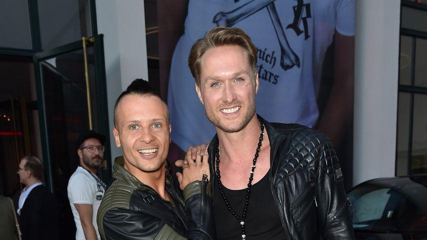 Emil Kusmirek und Nico Schwanz auf einer Fashionshow in München