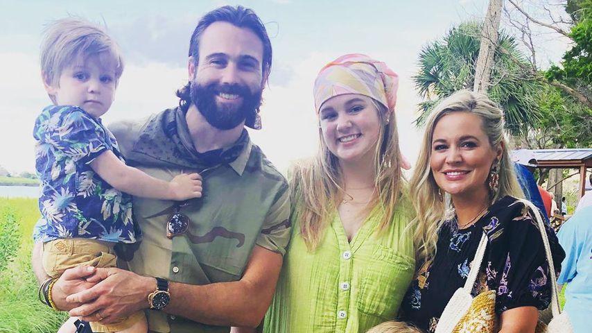 Emily Maynard Johnson mit ihrem Mann und ihren Kindern