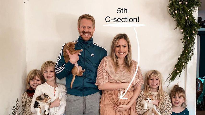 Emily Mitchell mit ihrem Partner Joseph und ihren Kindern