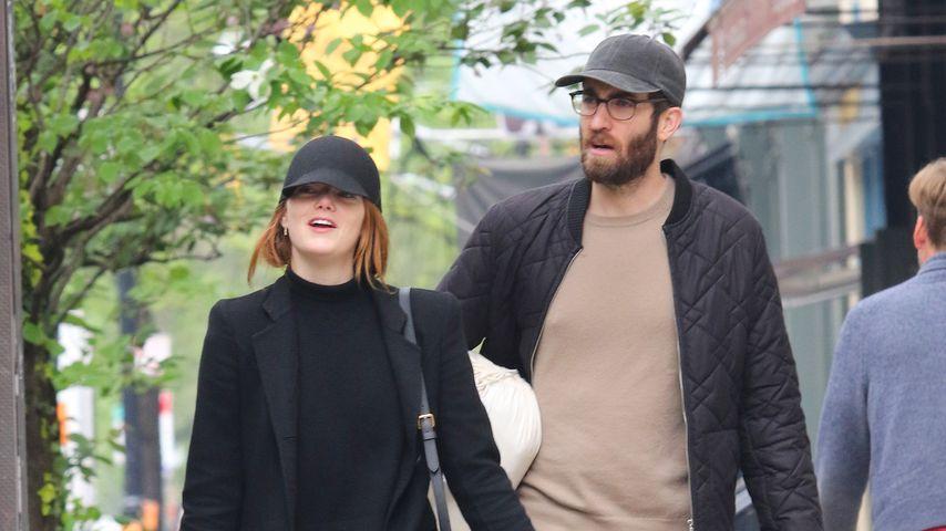 Emma Stone und Dave McCary im April 2019
