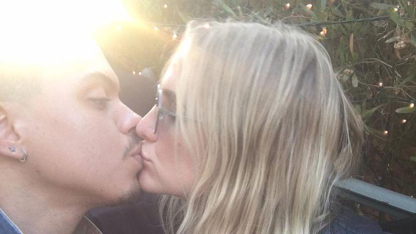 Nach Krisengerüchten: Ashlee Simpson & Evan auf Kuschelkurs!