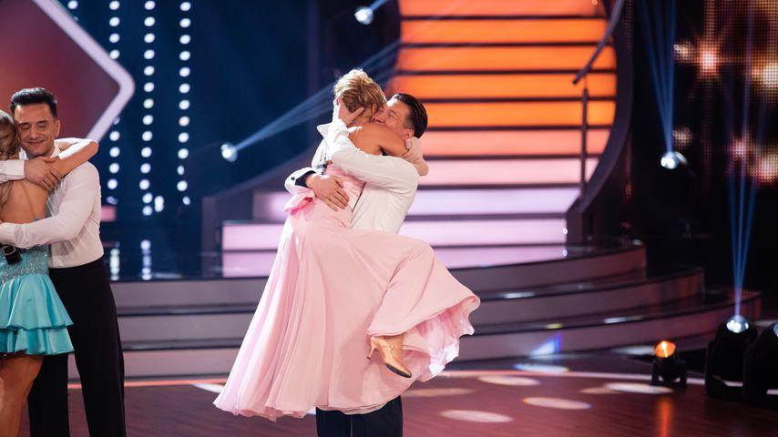 """Evelyn Burdecki und Evgeny Vinokurov in der zweiten """"Let's Dance""""-Liveshow"""