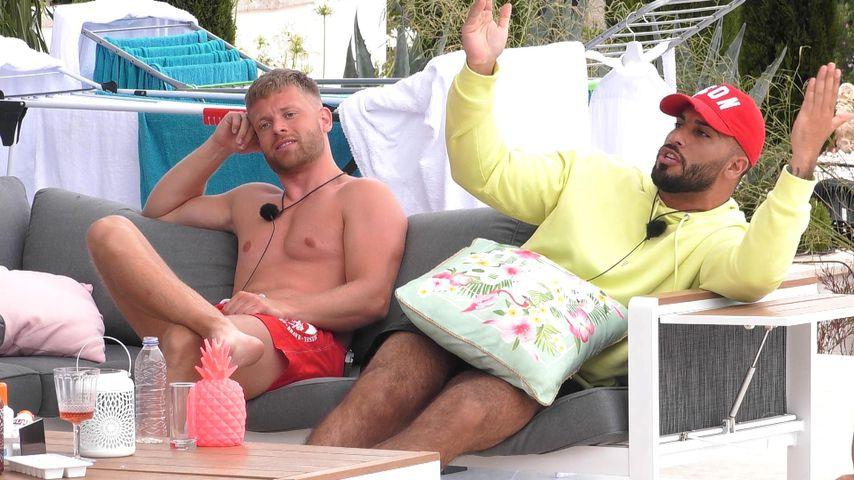 """Paul (l.) und Ferhat bei """"Ex On The Beach"""" 2020"""