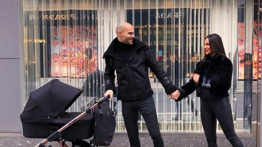 Fabian Nickel und Ziania Rubi mit ihrem Baby
