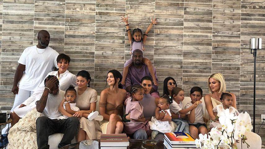 Familienmitglieder der Kardashian-Jenners, April 2019