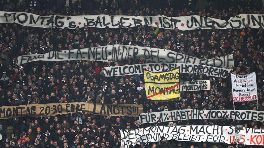 Fan-Proteste im Frankfurter Stadion, Februar 2018