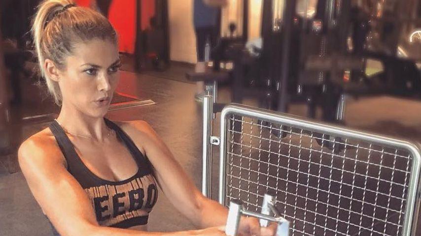 Krasser Bizeps: Model Fiona Erdmann zeigt ihre Muckis!