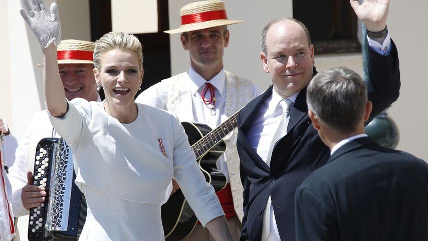 Wie frisch verliebt! Charlène & Albert verzaubern Monaco