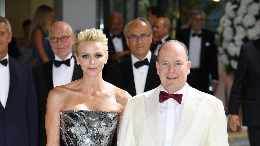 Fürstin Charlène und Fürst Albert bei der Red Cross Ball Gala 2017