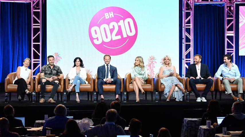 Gabrielle Carteris, Brian Austin Green, Shannen Doherty, Ian Ziering, Jennie Garth, Tori Spelling