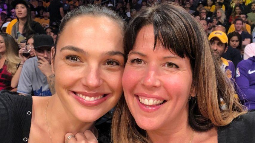 Gal Gadot und Patty Jenkins im Juli 2021