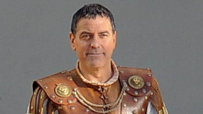 Kaiserlich! George Clooney wird zum Sandalen-Römer