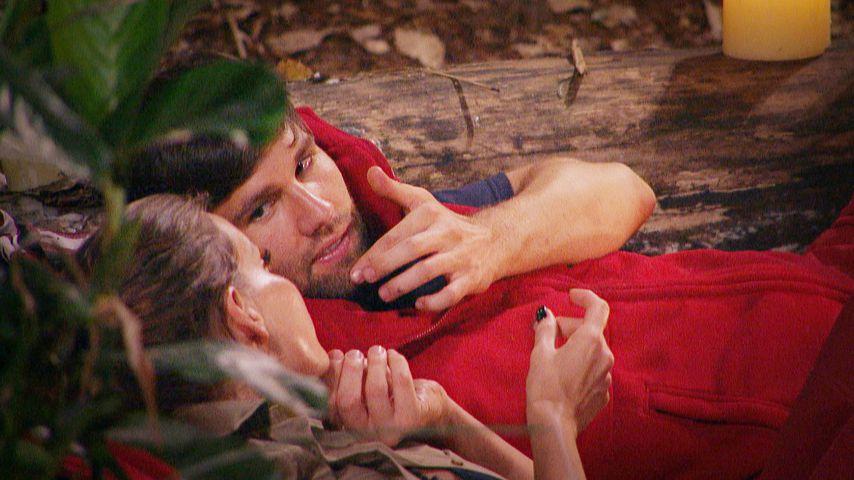 Dschungel-Flirt am Feuer: Bei Gina-Lisa & Honey funkt es!