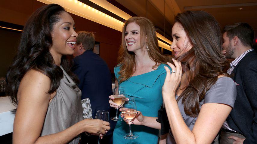 """Suits""-Stars Gina Torres, Sarah Rafferty und Meghan Markle, Toronto 2012"