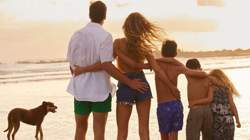 Gisele Bündchen im Urlaub am Meer mit ihrer Familie