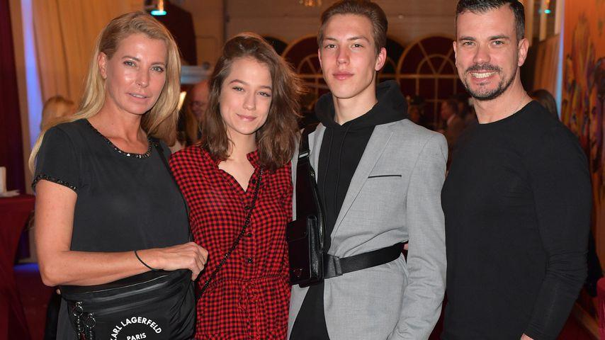 Giulia Siegel mit ihren Kids Mia und Nathan und ihrem Partner Ludwig Heer
