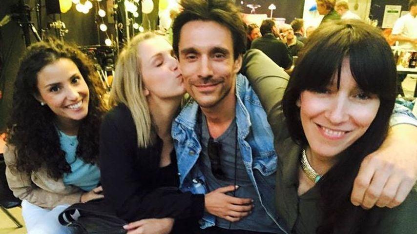 Nach Kuss mit Linda Marlen: Jetzt knutscht Iris Philipp ab