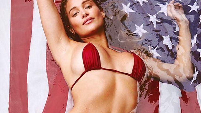 """Sports Illustrated""-Model Hannah Davis"