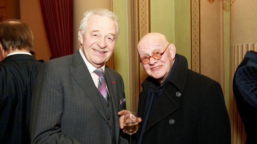 Harald Serafin und Ignaz Kirchner bei einer Premiere in der Josefstadt