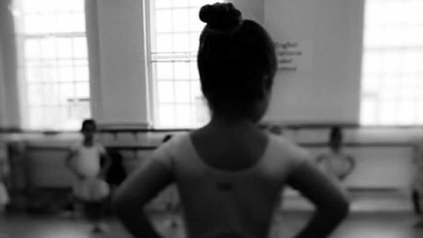 Stolze Victoria Beckham: Tochter Harper ist eine Ballerina
