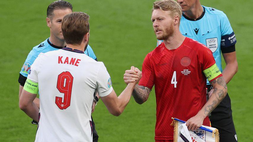 Harry Kane und Simon Kjær beim EM-Halbfinale, 2021