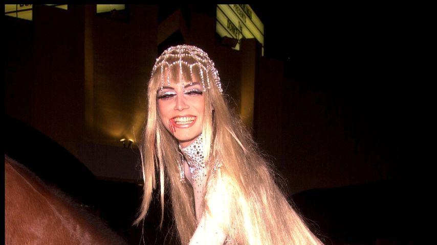 Heidi Klum als  Lady Godiva, 2001