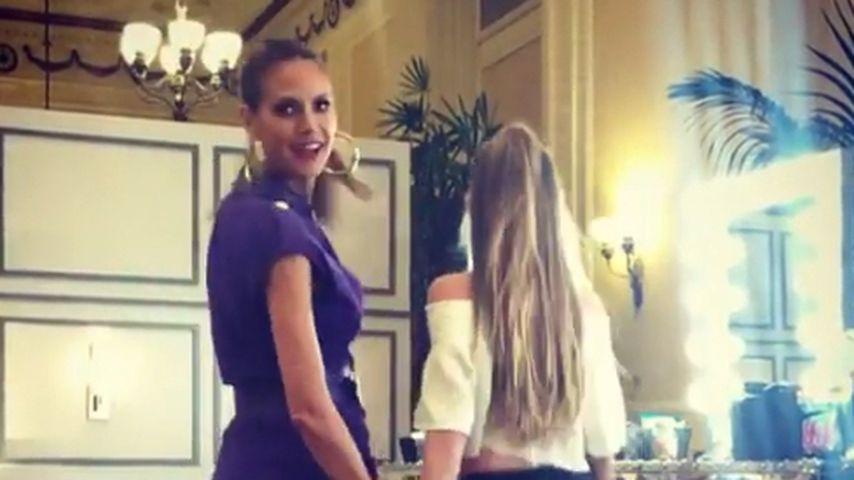 Kleine Dame! Heidi Klums Tochter Leni stöckelt am AGT-Set