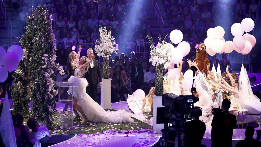 """Heidi Klum und Theresia Fischer beim """"Germany's next Topmodel""""-Finale 2019"""