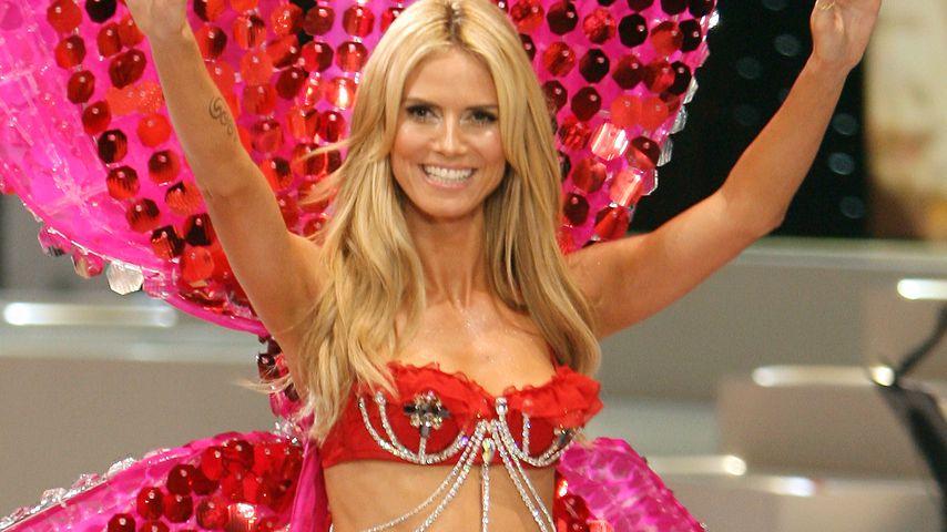 Heidi Klum bei der Victoria's Secret Fashion Show 2008