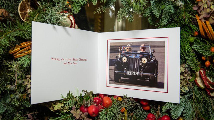 Mit Camilla im Flitzer: Prinz Charles' coole Weihnachtskarte
