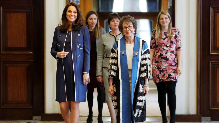 Herzogin Kate mit der RCOG-Präsidentin Lesley Regan