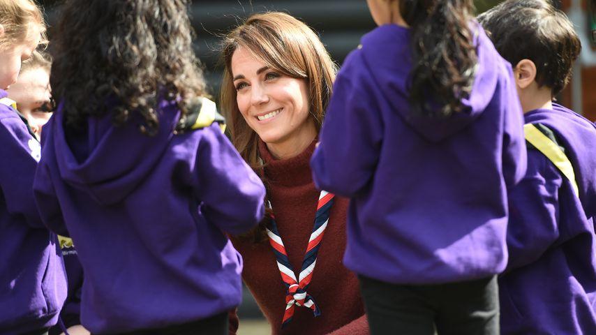 Herzogin Kate bei einem Besuch des Pfadfinderzentrale in Epping im März 2019