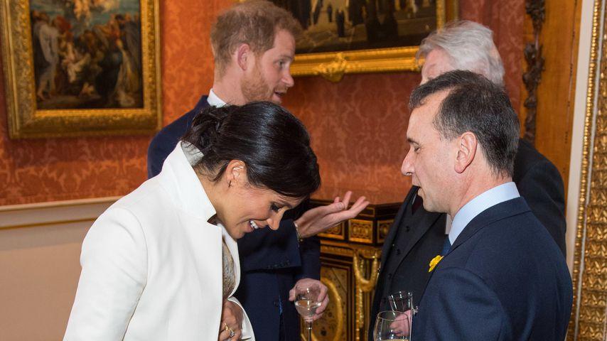 Herzogin Meghan, Prinz Harry, Simon Weston und Alun Cairns