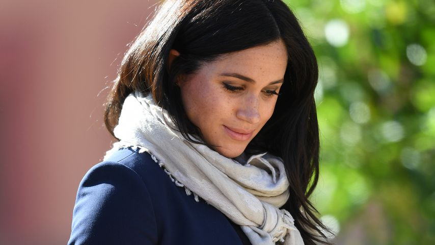 "Babyparty-Geschenk: Meghan trägt schon ""Mommy""-Kette"